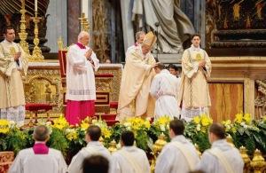 Le-pape-a-ordonne-
